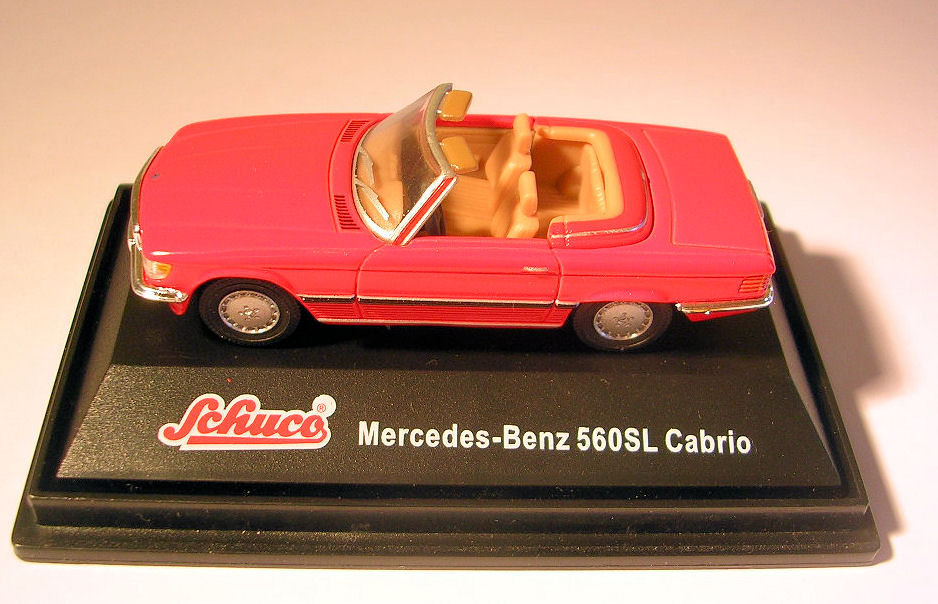 Ships and more mercedes benz 560 sl cabrio rot schuco for Mercedes benz product line